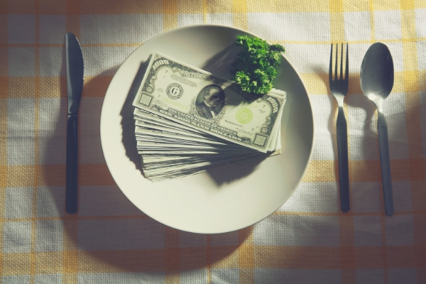 FLSA Amended to Allow Tip Pooling if No Tip Credit is Taken - Complete Payroll